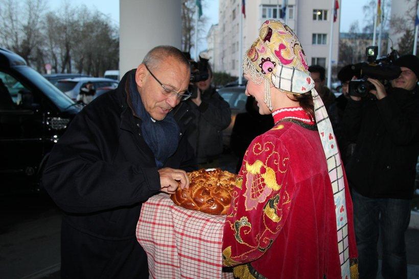 Поморье встретило Андрея Кончаловского хлебом-солью