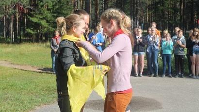 Более 120 молодёжных лидеров из десяти городов и районов Поморья прошли обучающую смену на базе лагеря «Зеленая поляна»