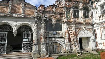 Собор Введенского монастыря, основанного промышленниками и помещиками Строгановыми