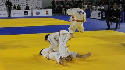 Соревнования проходят только в командных дисциплинах
