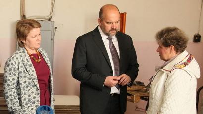 Любовь Винтоняк рассказала Игорю Орлову и Елене Молчановой о проблемах предприятия