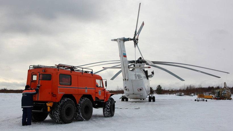 Спасатели отработали погрузку в вертолет вездехода «Трэкол». Фото пресс-службы ГУ МЧС по Архангельской области