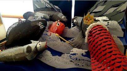 Студенты создали удивительные образы сказочных персонажей из бумаги и картона