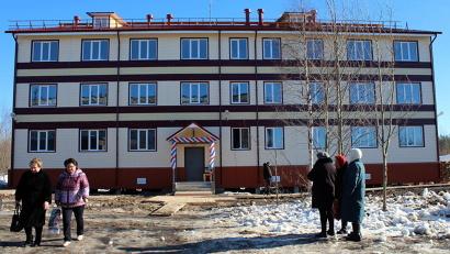 Просторный и красивый дом вырос в посёлке всего за пять месяцев
