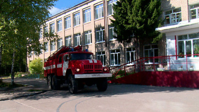 Совместные пожарно-тактические занятия – залог безопасности учебного заведения. Фото Центра обеспечения мероприятий гражданской защиты
