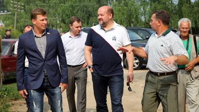 Социальные стройплощадки стали отправной точкой рабочего визита Игоря Орлова в Вельский район