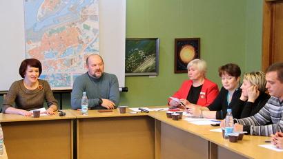 Губернатор Игорь Орлов и министр имущественных отношений Ирина Ковалёва ответили на вопросы северодвинцев