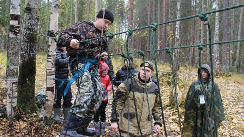 Завершающим этапом курса стало прохождение веревочной лестницы