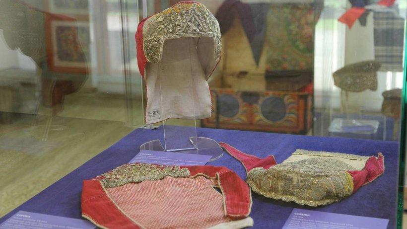 Сорока - женский головной убор. Фото: пресс-служба музея «Малые Корелы»