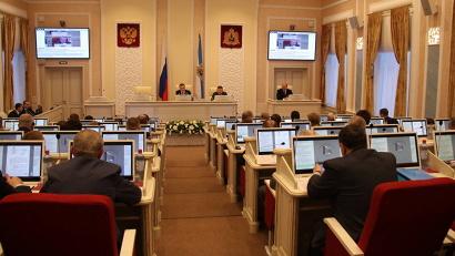 На сессии Архангельского областного Собрания депутатов согласовали кандидатуры заместителей губернатора и министра финансов