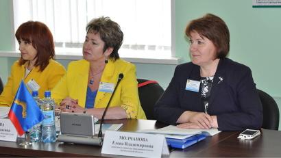 В парламентском заседании приняла участие заместитель министра образования и науки Поморья Елена Молчанова