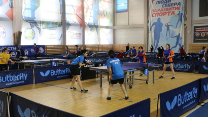 Участники будут состязаться в бадминтоне и настольном теннисе