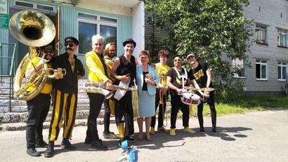 Испанский оркестр ежегодно выполняет социальную миссию, выступая для пациентов архангельской больницы