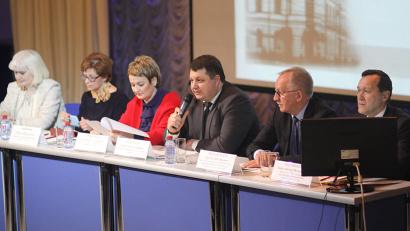 Открывая съезд, министр здравоохранения Поморья Антон Карпунов напомнил, что впервые он состоялся ровно 110 лет назад, в 1907 году