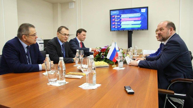 Глава Поморья подчеркнул важность конструктивного диалога с представителями бизнеса