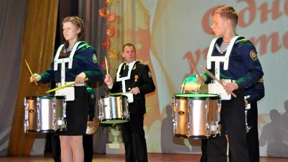 Праздничный концерт, организованный областным министерством образования и науки, стал продолжением торжеств