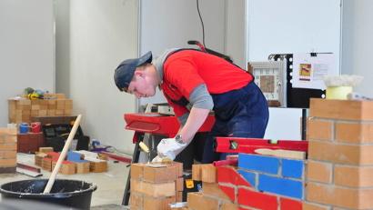 В Поморье подготовку рабочих, служащих и специалистов среднего звена ведут 46 техникумов и колледжей