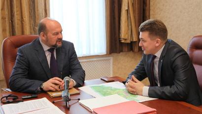 Губернатор и глава района обсудили перспективы строительства в Ильинско-Подомском школы и культурно-досугового центра, а также вопросы водоснабжения