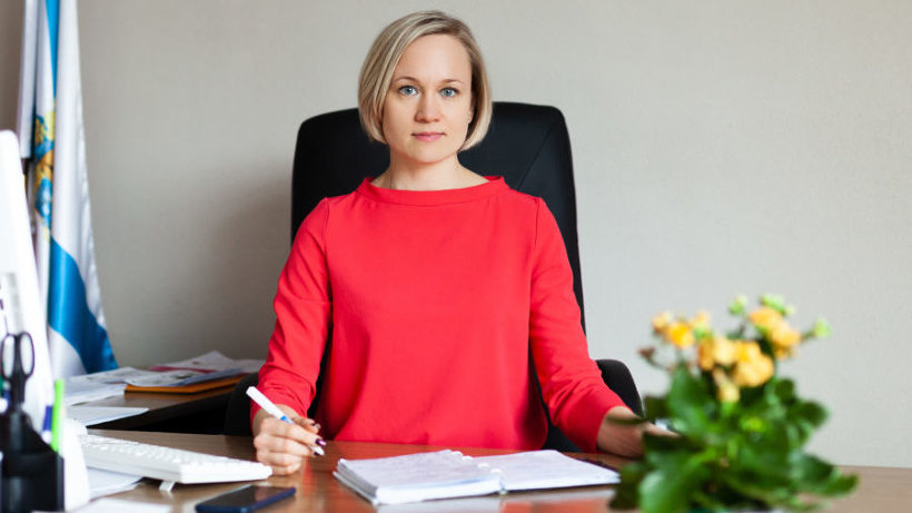В диалоге вместе с Ольгой Гореловой принимают участие предприниматели, налоговой инспекции и прокуратуры