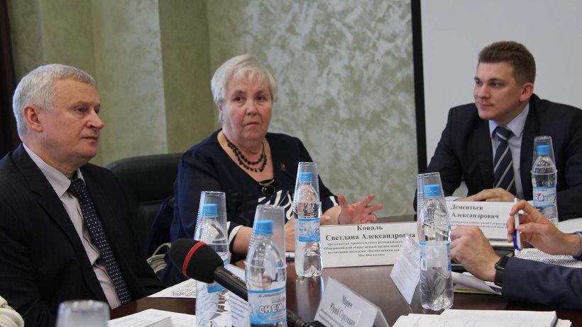 Одна из инициаторов «Встречи поколений» – Светлана Коваль – рассказала об инициативах молодежи 60-х годов