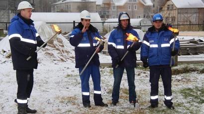 Символический факел зажёгся в посёлке Уемский