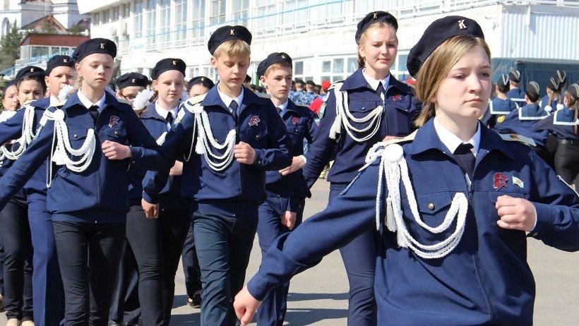 Участие в параде приняли 14 команд из Архангельска, Северодвинска, Няндомы, Плесецкого района