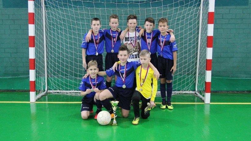 Юные футболисты завоевали медали в достойной борьбе
