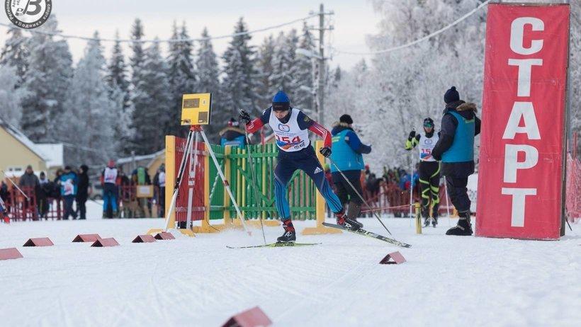 Спортсмены состязались в индивидуальной гонке классическим стилем и в масс-старте свободным стилем на дистанциях 5 и 10 километров