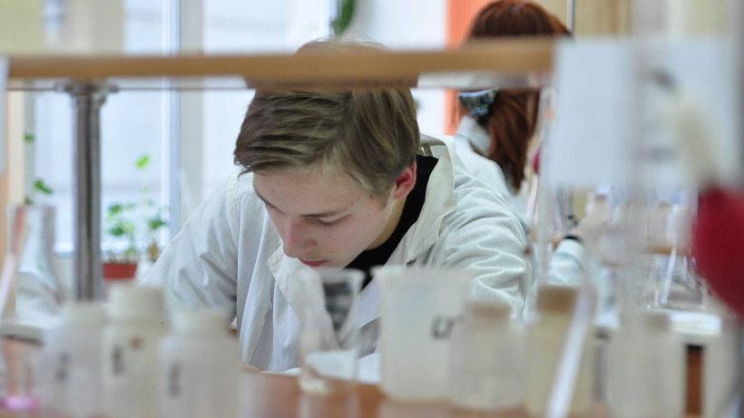 Заключительный этап Всероссийской олимпиады школьников по химии пройдет с 29 марта по 4 апреля 2018 года