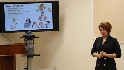 Одна из участниц финала конкурса «Мама-предприниматель» – Ирина Белозерова из г. Вельска