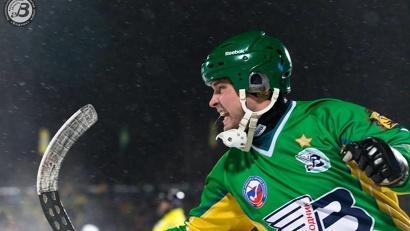 В итоге «Водник» довел счет до разгромного – 9:3. Фото: агентство по спорту Архангельской области