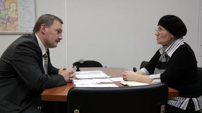 Министр ТЭК и ЖКХ региона принимает граждан в своем кабинете