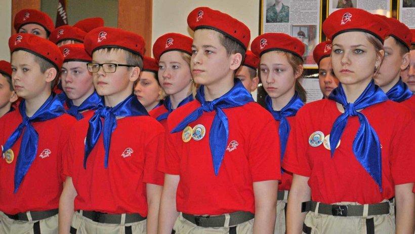 Первые юнармейцы в Архангельске в день присяги 19 февраля этого года