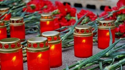 Участники митинга почтят память павших минутой молчания и возложат цветы к монументу Победы