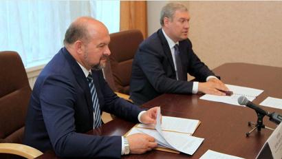 Игорь Орлов и Сергей Кобзев обсудили планы по развитию сотрудничества правительства региона и СЖД