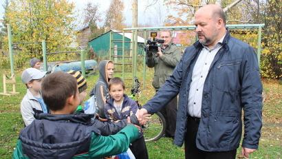 Это первая рабочая поездка Игоря Орлова во вновь обретённом статусе губернатора Архангельской области