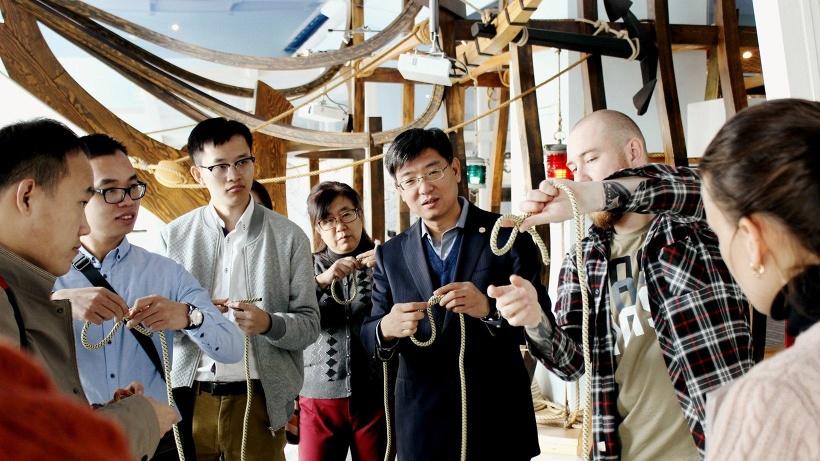 Представители китайской делегации в Северном морском музее