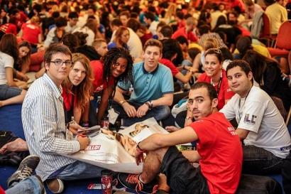 В конгерссе принимают участие лидеры молодёжного движения со всего мира