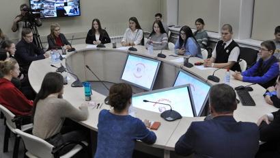 За четыре минувших года 17 старшеклассников Поморья выступили на интеллектуальных поединках в эфире Первого канала