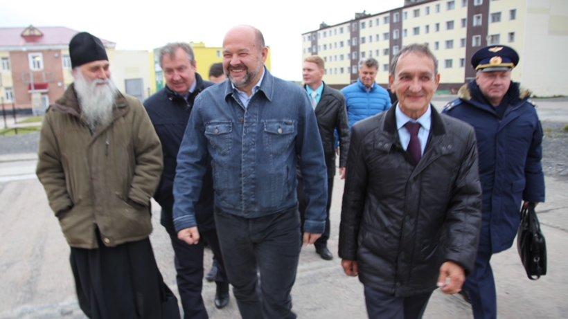 Игорь Орлов провёл совещание в посёлке Белушья Губа