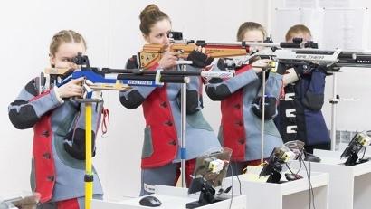 Юные стрелки разыграли 12 комплектов наград