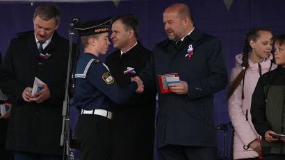 Паспорта юные северяне получили из рук губернатора Игоря Орлова