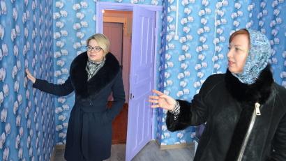 Первые новосёлы уже обживают служебные квартиры в Онеге