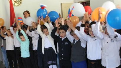 Школьники села Малишка изучают русский язык и сохраняют наследие Михаила Ломоносова