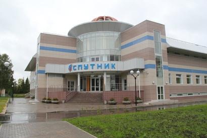 Новый ФОК «Спутник» для занятий массовым спортом в центре Мирного