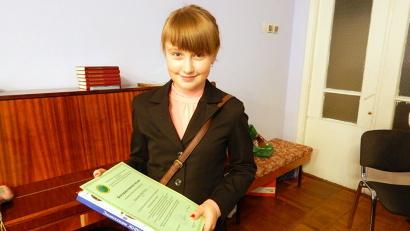 Пятиклассница из Холмогорского района Виктория Клюкина стала победителем среди школьников пятых-девятых классов