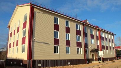 В 2008-2015 годах на реализацию программ капремонта домов и переселения граждан из аварийного жилья Фонд ЖКХ выделил региону более 7 миллиардов рублей