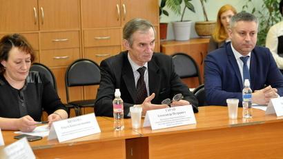 Александр Таран: «В сфере школьного питания необходимо развивать варианты государственно-частного партнёрства»