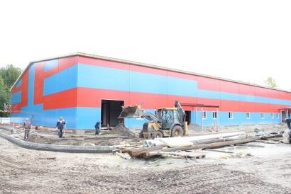 Здание нового хоккейного корта в Северодвинске