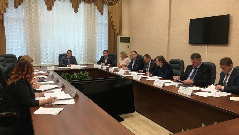 Перспективы участия Архангельской области в конкурсе лучших практик социально-экономического развития регионов обсудили в правительстве области